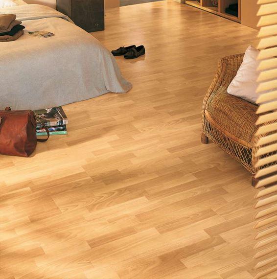 Quickstep Classic Enhanced Beech, Quick Step Uniclic Laminate Flooring