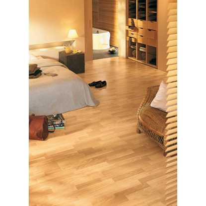 Quickstep Classic Hydro Enhanced Beech CL1016 Laminate Flooring