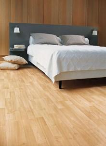 Quickstep Classic Enhanced Maple QST016 Laminate Flooring