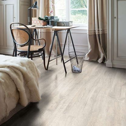 Quickstep Classic Hydro Reclaimed White Patina Oak CL1653 Laminate Flooring