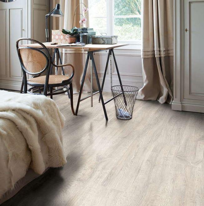 Quickstep Classic Reclaimed White Patina Oak CL1653 Laminate Flooring