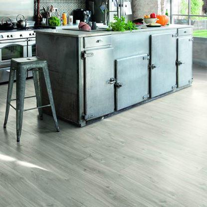 Quickstep Alpha Canyon Oak Grey with sawcuts Vinyl Flooring