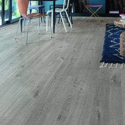 Quickstep Alpha Cotton Oak Cozy Grey Vinyl Flooring
