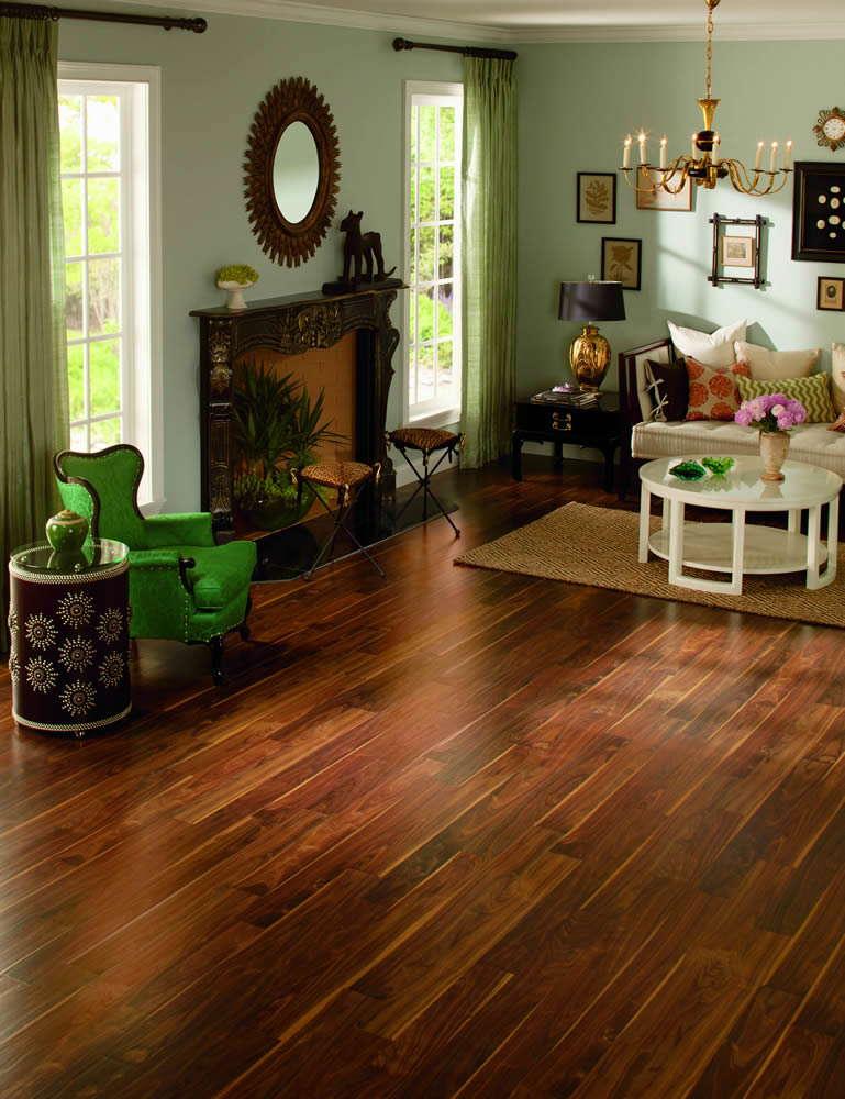 Rustic Pacific Walnut RIC1415 Laminate Flooring