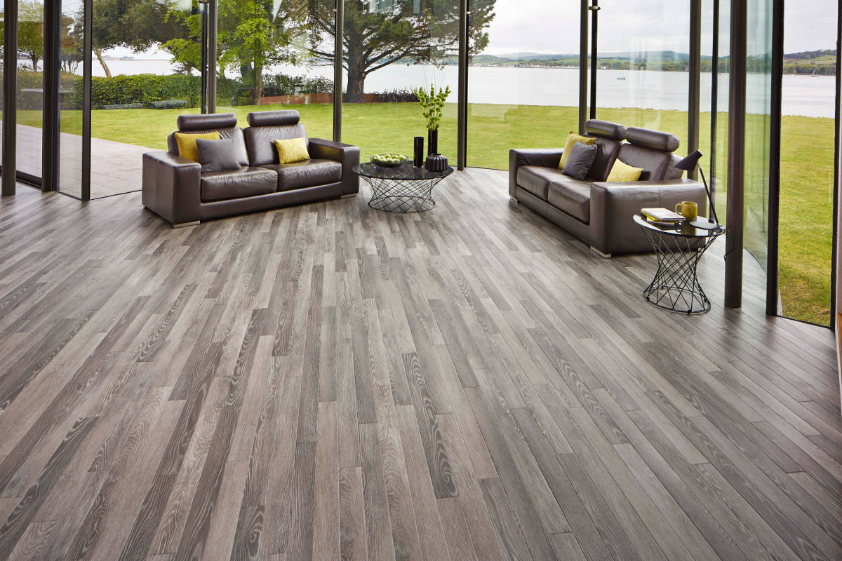 Karndean da vinci limed silk oak rp96 vinyl flooring for Easy to install kitchen flooring