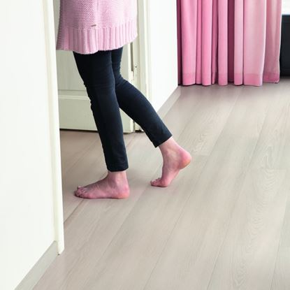 Quickstep Signature White Premium Oak SIG4757 Laminate Flooring