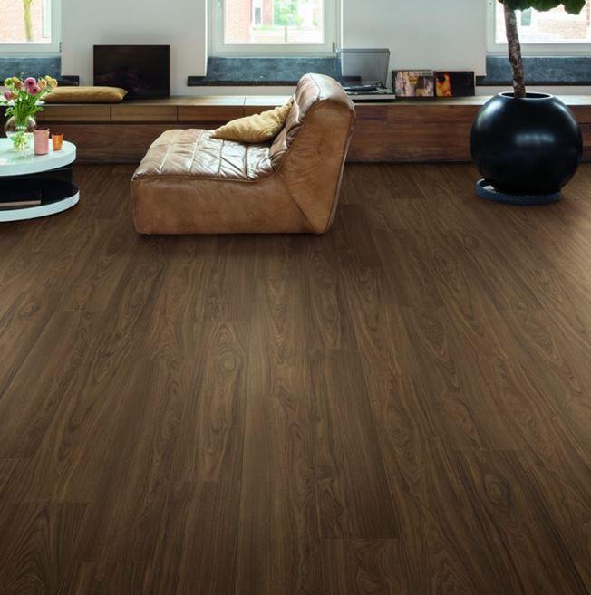 Quickstep Signature Chic Walnut SIG4761 Laminate Flooring