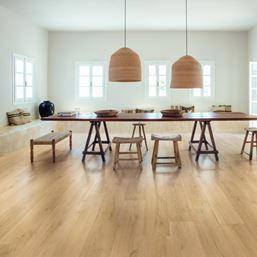 Quickstep Signature Brushed Oak Natural SIG4763 Laminate Flooring