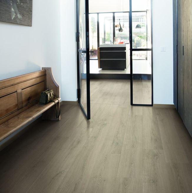 Quickstep Signature Brushed Oak Beige SIG4764 Laminate Flooring
