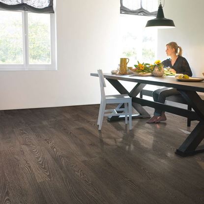 Quickstep Elite Old Grey Oak UE1388 Laminate Flooring