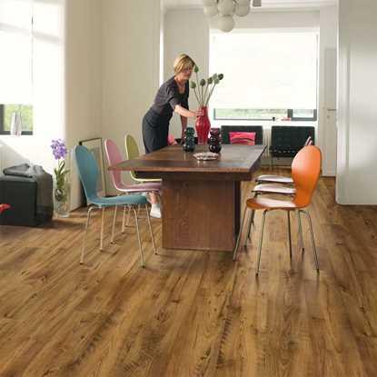 Quickstep Eligna Reclaimed Chestnut Antique UW1543 Laminate Flooring