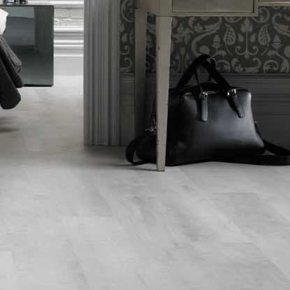 Karndean van gogh white washed oak vgw80t vinyl flooring for White wood linoleum flooring