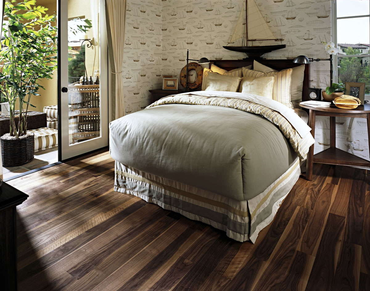Kahrs linnea walnut cocoa engineered wood flooring for Wood flooring for bedrooms