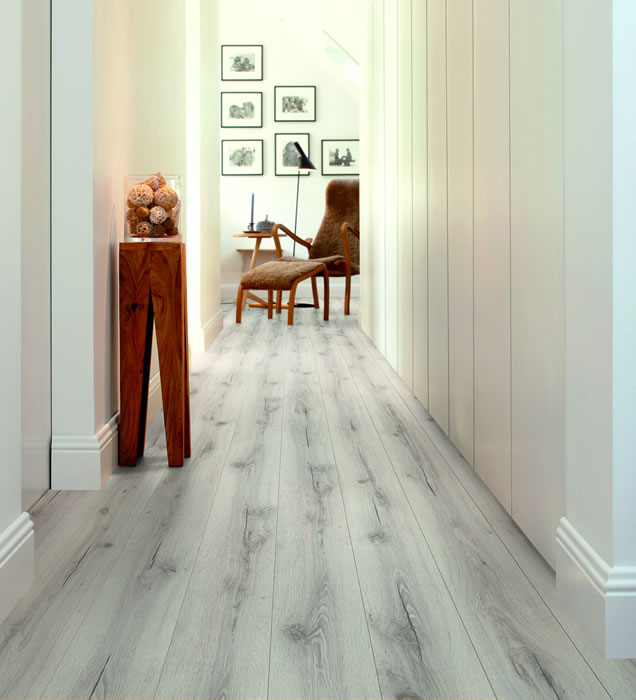 Pergo Living Expression Beach House Oak Laminate Flooring