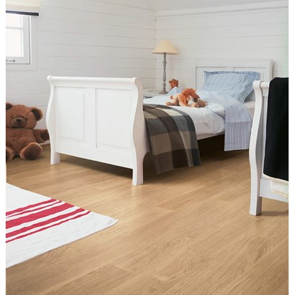 Quickstep Eligna White Varnished Oak U915 Laminate Flooring