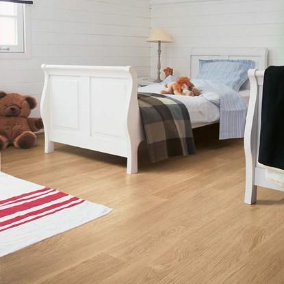 Quickstep Eligna White Varnished Oak Beige EL915 Laminate Flooring