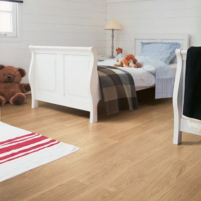Quickstep Eligna White Varnished Oak Beige EL915 Laminate Flooring