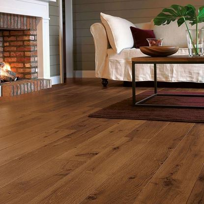 Quickstep Perspective Vintage Oak Dark Varnished UF1001 Laminate Flooring