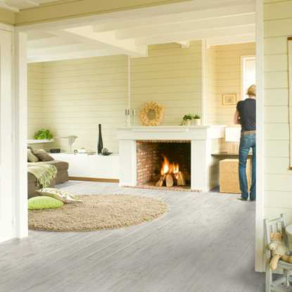 Quickstep Perspective White Brushed Pine UF1235 Laminate Flooring