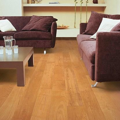 Quickstep Perspective Natural Varnished Cherry UF864 Laminate Flooring - Cherry Wood Laminate Flooring FlooringSupplies.co.uk