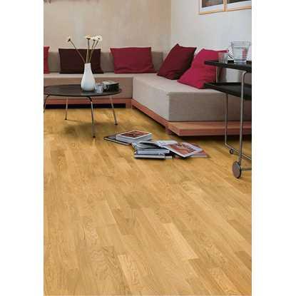 Quickstep Villa Natural Noble Oak Satin VIL1361S Engineered Wood Flooring