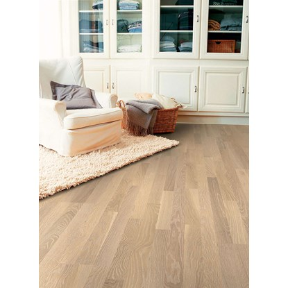 Quickstep Villa Whitewashed Oak Matt VIL1363L Engineered Wood Flooring