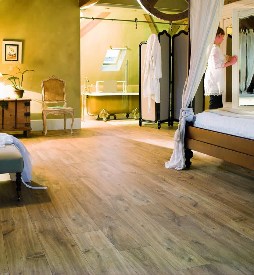 Quickstep Classic Midnight Oak Natural Clm1487 Laminate Flooring