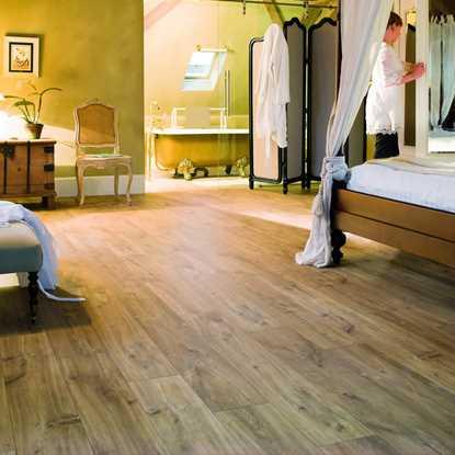 Quickstep Classic Hydro Midnight Oak Natural CLM1487 Laminate Flooring