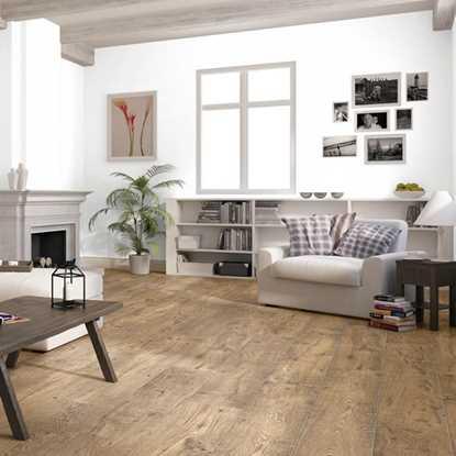 Quickstep Perspective Reclaimed Chestnut Antique ULW1543 Laminate Flooring