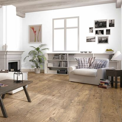 Quickstep Perspective Reclaimed Chestnut Antique ULW1543 Laminate Flooring