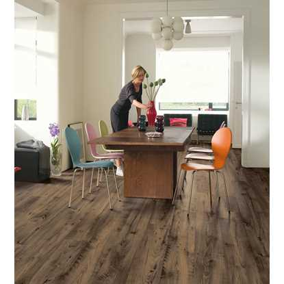 Quickstep Eligna Reclaimed Chestnut Brown UW1544 Laminate Flooring