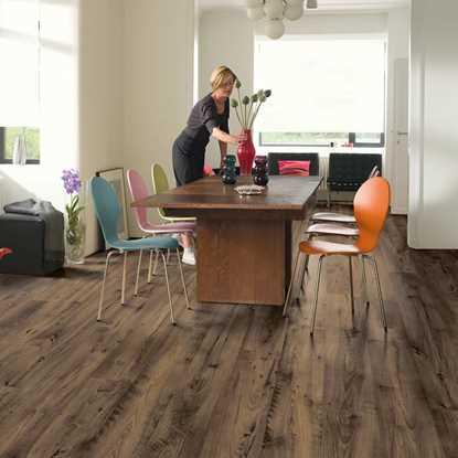 Quickstep Eligna Reclaimed Chestnut Brown UW1544 Laminate Flooring